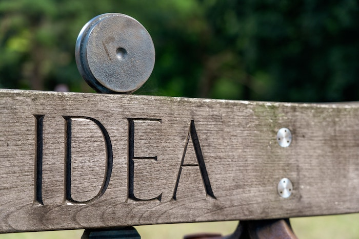 Idea sign for business blog topics